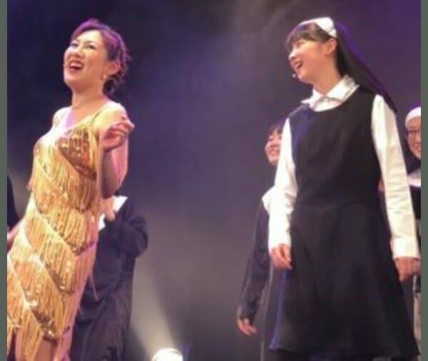 ミイヒ三姉妹と妹の画像