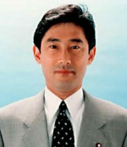 岸田文雄の学歴と高校大学